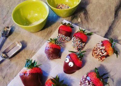 ThePrairieGardensInn-ChocolateCoveredStrawberries