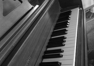 ThePrairieGardensInn-Piano