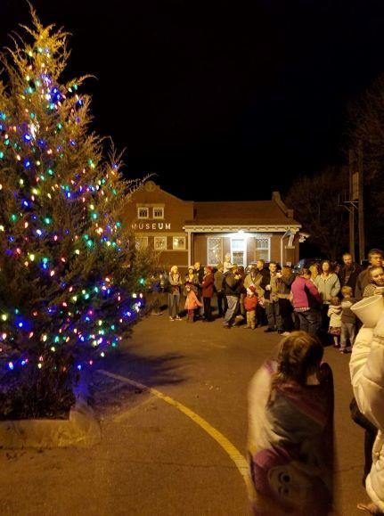 Mulvane Christmas Tree Lighting – in November